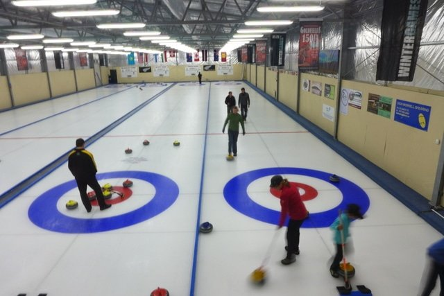 Curling in Naseby - Otago Central Rail Trail